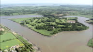 L'isola e castello di Waterford-Vista aerea-Munster, Contea di Waterford, ripresa dall'elicottero, Video aerea, cineflex, inquadratura d'ambientazione, Irlanda