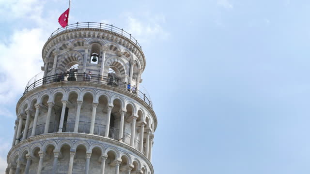 Der Schiefe Turm von Pisa zum Campo dei Miracoli in