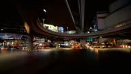 PAN/de nieuwe mijlpaal. Verkeer kruispunt Pathumwan, Bangkok, Thailand.