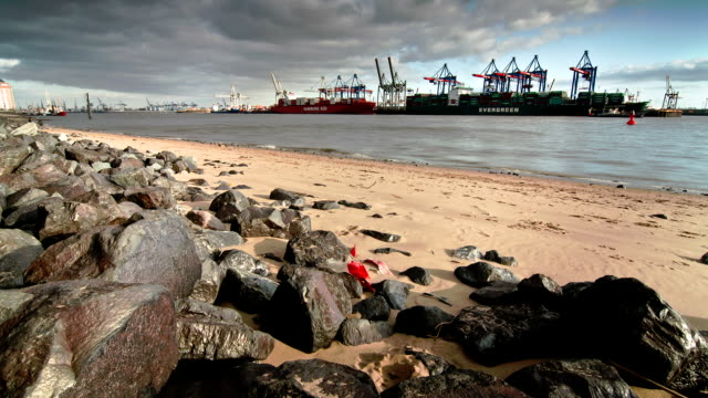The Port of Hamburg Time Lapse