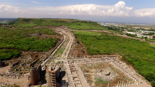The ruins of Ancient Greece(Perge-Antalya)