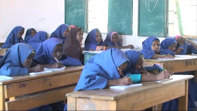 The Somali authorities on Sunday launched a campaign aimed at getting one million children in the war torn nation into school CLEAN Somalia starts...