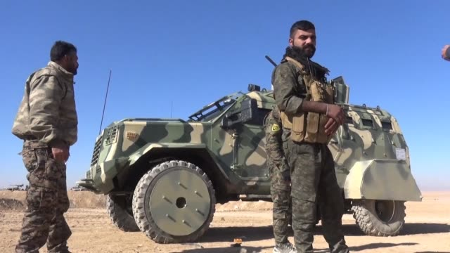 The United States has provided Syrian fighters battling the Islamic State group with armoured vehicles for the first time
