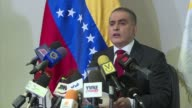 The Venezuelan ombudsman Tarek William Saab encouraged security forces on Thursday to guarantee the respect of human rights in the handling of...
