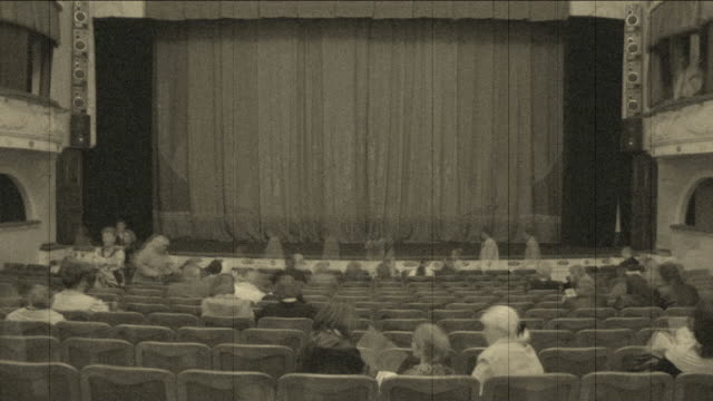 Theatre is filled with spectators (timelapse)
