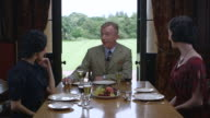 MS Thelma Furness talking with Wallis Simpson and Edward VIII and having lunch / United Kingdom