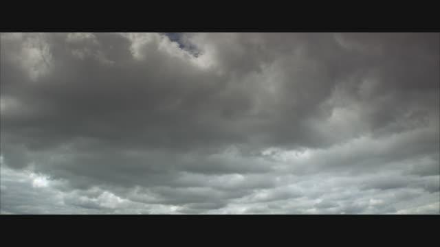 LA, WS, Thick storm clouds