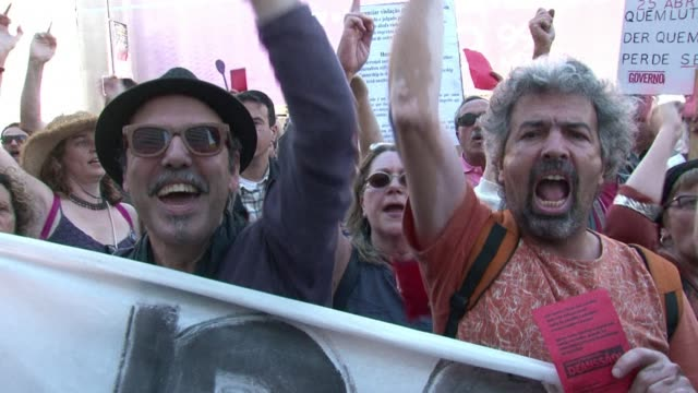 Thousands of people protested in Lisbonne on Saturday against austerity measures that have brought them grinding economic hardships CLEAN Thousands...