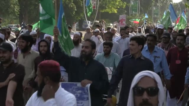 Thousands of protesters took to the streets of Pakistan's major cities Friday to condemn a crackdown on Rohingya Muslims in Myanmar with many...