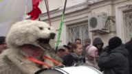 Thousands of Russian ultranationalists marched through central Moscow Sunday vowing to drive Vladimir Putin out of the Kremlin and accusing him of...