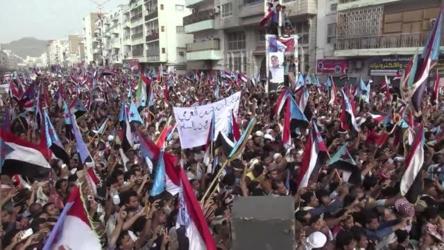 Thousands of Yemenis demanding southern secession rallied in the streets of Aden on Friday waving the flag of the formerly independent south in their...