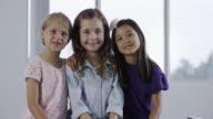 Tre felice Bambine