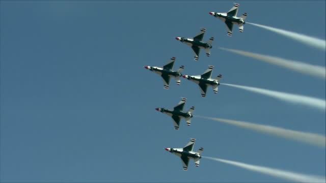 Thunderbirds flying in the sky