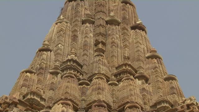 Tilt down khajuraho temple sculptures chhatarpur madhya pradesh