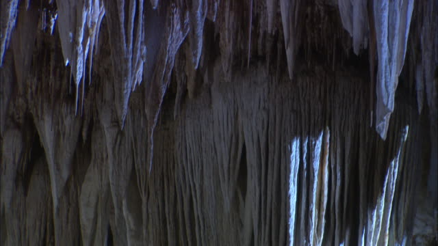Tilt down stalactites Available in HD.