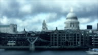 Tilt Shift: St. Paul's Cathedral, London, timlapse