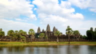 Time Lapse - Angkor Wat (Zoom In)