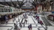 Zeitraffer an der Liverpool Street Station während der Rush Hour