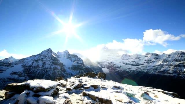 Time-lapse boven op de berg