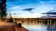 HD Time Lapse: City Wharf Tilt