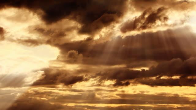Time lapse Panorama di nuvole