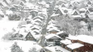 Time laps'in HD: folla nel villaggio di Shirakawa-go