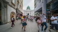 Time Lapse, Crowd waking at Vienna