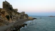 Zeitraffer von mittelalterlichen Burg in der Mittelmeerküste