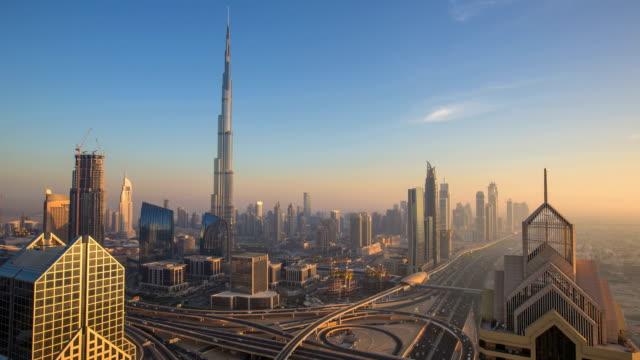 Time lapse in Dubai at dusk