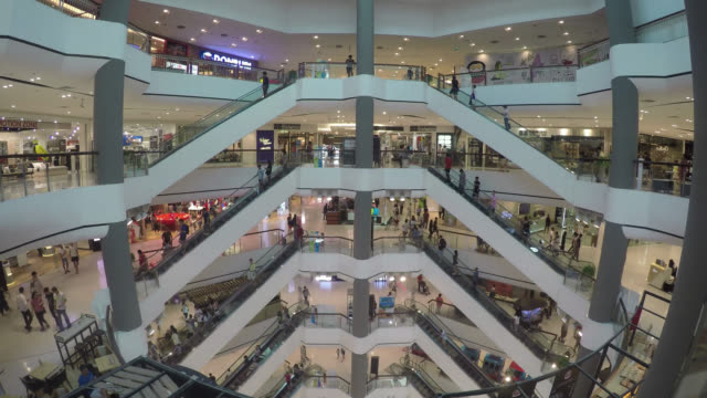 Time lapse in shopping mall