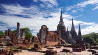 Zeitraffer Wahrzeichen alten Tempel in Ayutthaya Provinz