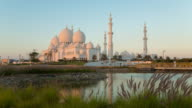 Time Lapse of Abu Dhabi Grand Mosque at dusk, day to night