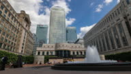 LONDON: Time Lapse of Cabot Square in Canary Wharf