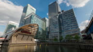 LONDON: Time Lapse of Canary Wharf skyline and the new Crossrail station