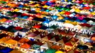 Zeitraffer des night market in Bangkok, Thailand