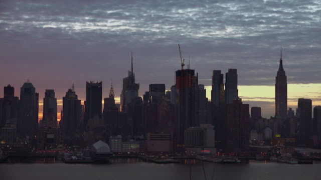 Time Lapse of Sky Turning Fiery Red Over the Manhattan Skyline