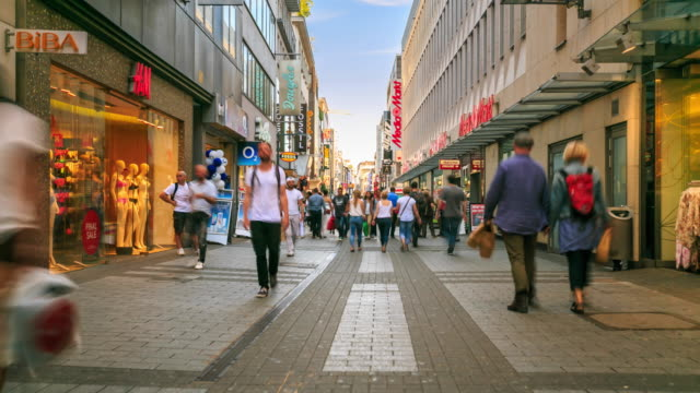4K Time Lapse : Pedestrian crowded at Shopping Zone
