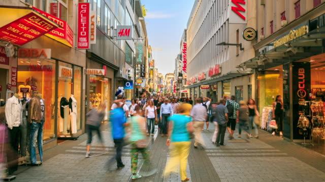 4 K time-lapse: voetganger druk op Shopping Zone