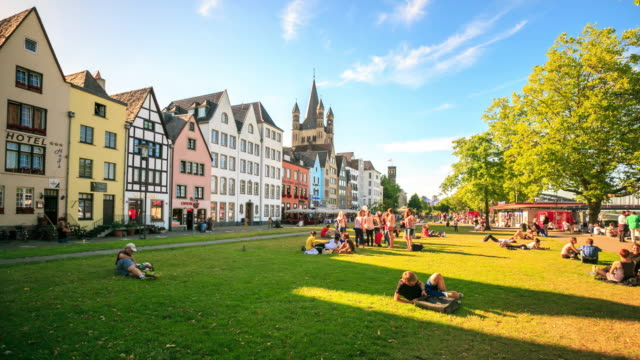 4K Time Lapse : Rhine promenade