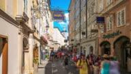 4k Zeitraffer: Einkaufsstraße in Salzburg