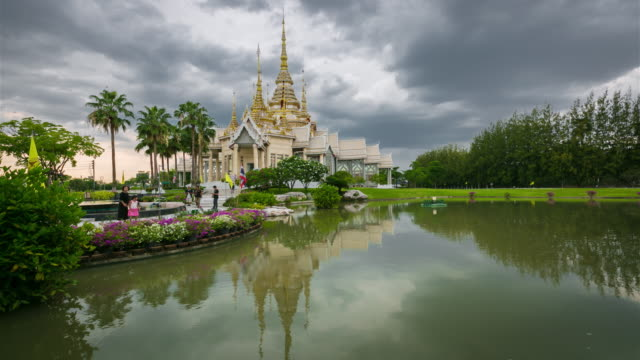 Time Lapse: Temple at Wat None Kum in Nakhon Ratchasima province Thailand