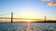 Time lapse : the 25 de Abril Bridge,Lisbon