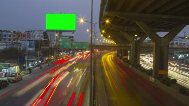 4 K Zeitraffer: Tilt Shift Zeitraffer der Autobahn Verkehr Innenstadt von Bangkok, Thailand