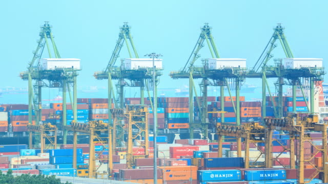 4k Zeitraffer: transshipment Hafen