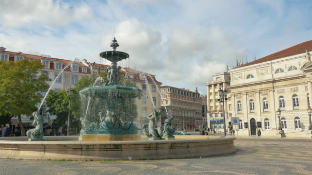 Time lapse video of fountain – Lisbon in 4K