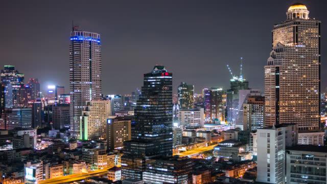 Zeitraffer Blick auf die skyline von Bangkok bei Nacht