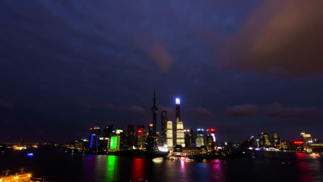4K Time Lapse-Shanghai Bund night