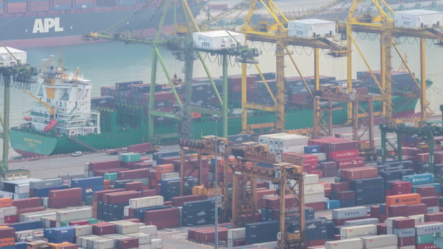 4 K Zeitraffer :  Luftaufnahme Lagerhaus Hafen Hintergrund in Singapur