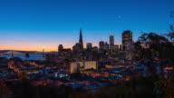 SAN FRANCISCO: TimeLapse at sunrise of the San Francisco Skyline
