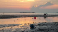 4 K Zeitraffer : Strand und Meer bei Sonnenuntergang